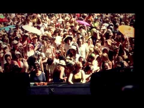 """Jeremy Loops - Mission To The Sun 'Howling"""" at Rocking the Daisies, I wish they were at this years Daisies!"""