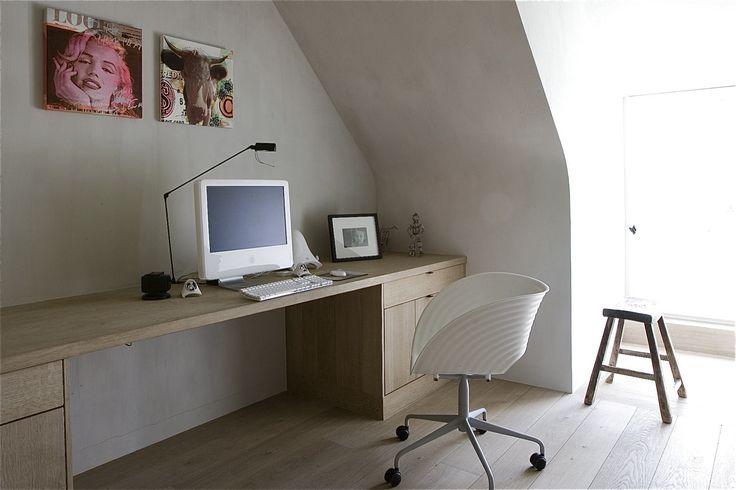 lange bureau x2 om samen projecten uit te werken