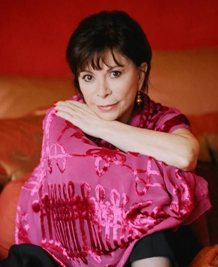 Isabel allende author of house of the spirits and other for House of spirits author