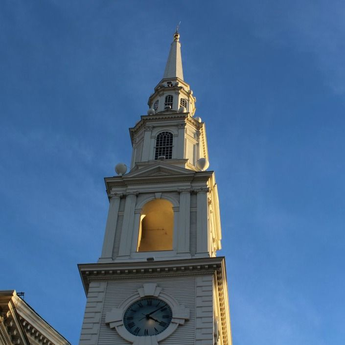 Such a glorious winter's day today and a chance to admire my favourite steeple in Providence.