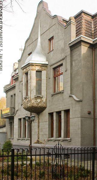 SECESJA: Willa Henryka Michela, Łódź. 1904-1905, arch. Ignacy Stebelski.