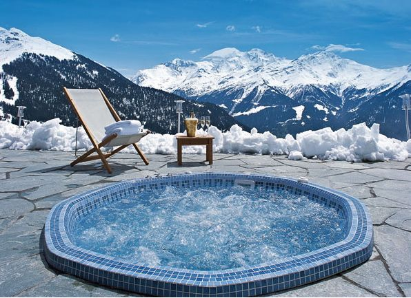 15 best hot tub in the snow images on pinterest hot tubs jacuzzi and the snow. Black Bedroom Furniture Sets. Home Design Ideas