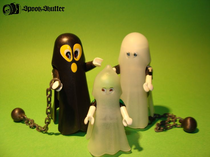 And another one joins the crew of my spooky buddies,from my spookshutter gallery.