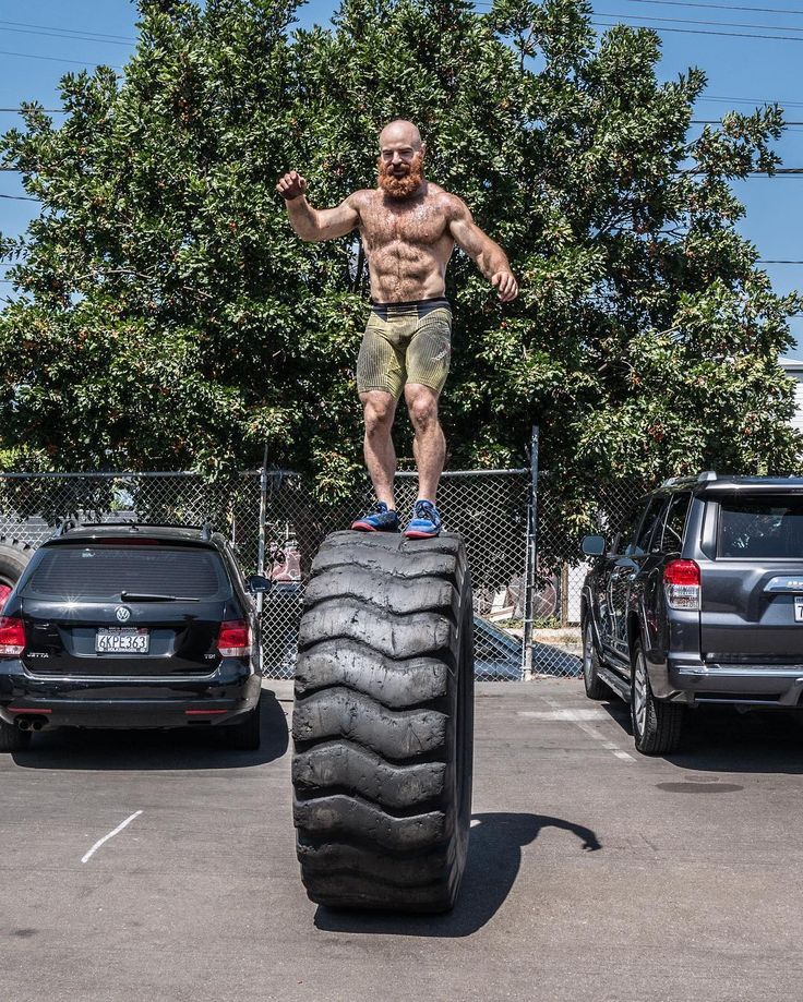 PsBattle? Lucas Parker rolling in LA (pre Games) #crossfit #fitness #WOD #workout #fitfam #gym #fit #health #training #CrossFitGames #bodybuilding