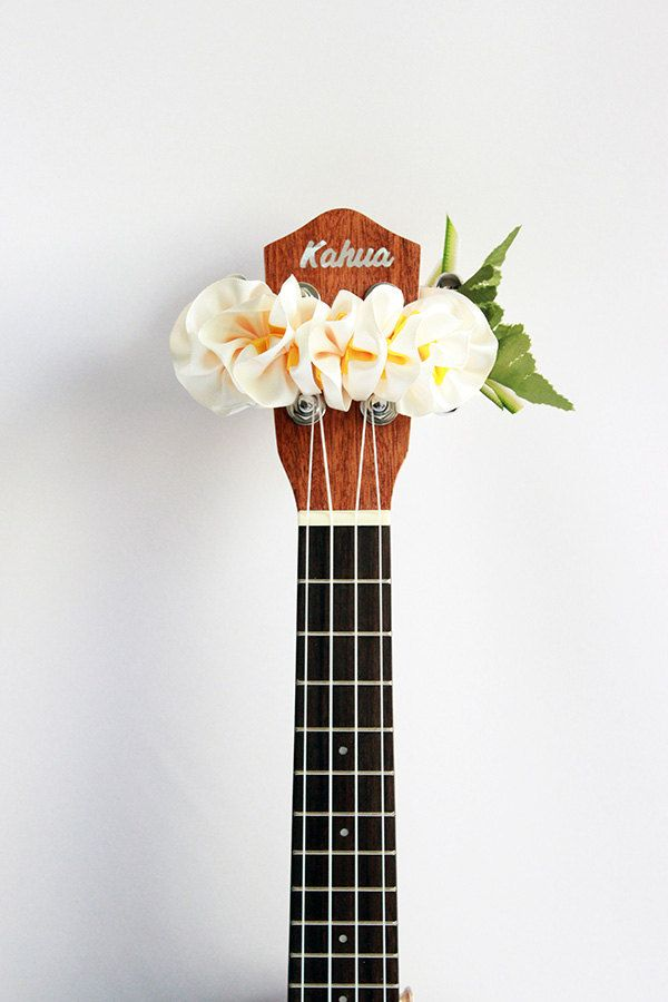 ribbon lei for ukulele / W plumeria / ukulele accessories / ukulele decor / mandolin / banjo / hawaiian lei / satin ribbon / flower ribbon