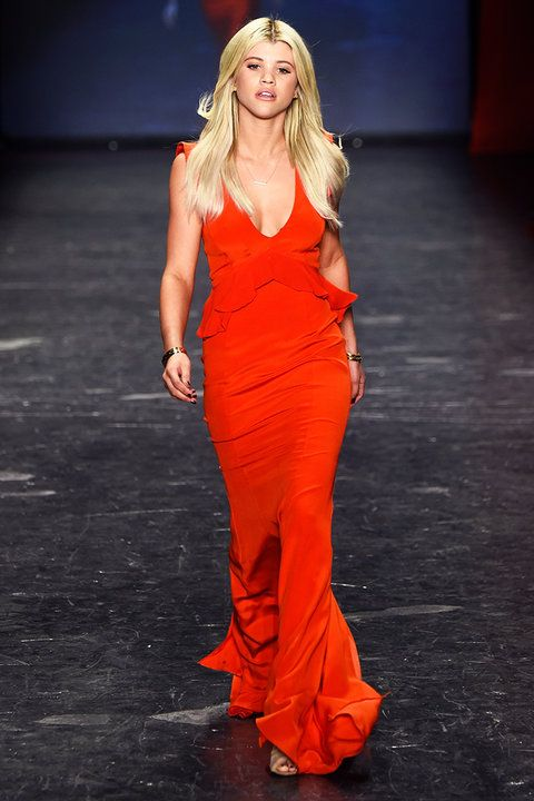 Inside the 2016 Go Red for Women Red Dress Collection Show | InStyle.com