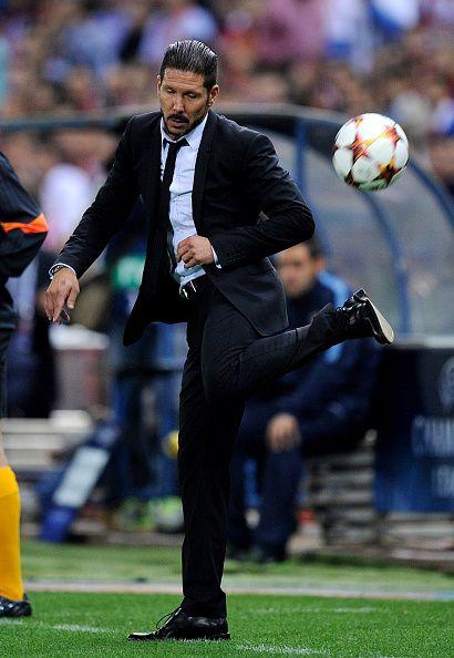 Diego simione a good traîner with bal feeling