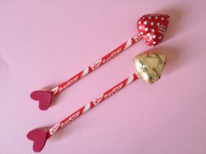 Valentine Pencil Bow and Arrow | Munchkins and Mayhem