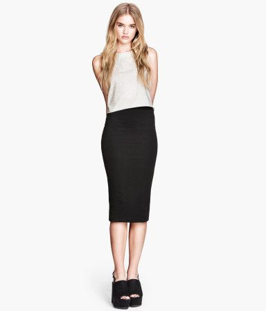 H&M : Jersey Skirt in Black $12.95