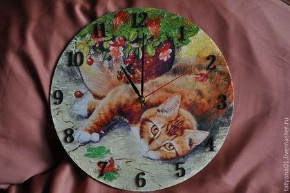 """Часы для дома ручной работы. Ярмарка Мастеров - ручная работа Часы настенные """"Ленивый кот"""". Handmade."""