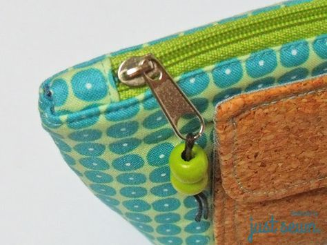 Tutorial für ein Täschchen mit aufgesetztem Extrafach | Reißverschluss sauber einnähen