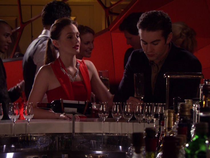 548 best Gossip Girl Fashion File images on Pinterest ...