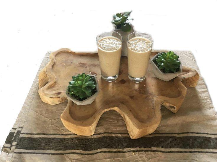 Mango smoothie met havermout. Een lekkere goed vullende smoothie. Lees dit smoothierecept en nog veel meer lekkere recepten voor smoothies op mijn foodblog Organic Happiness.