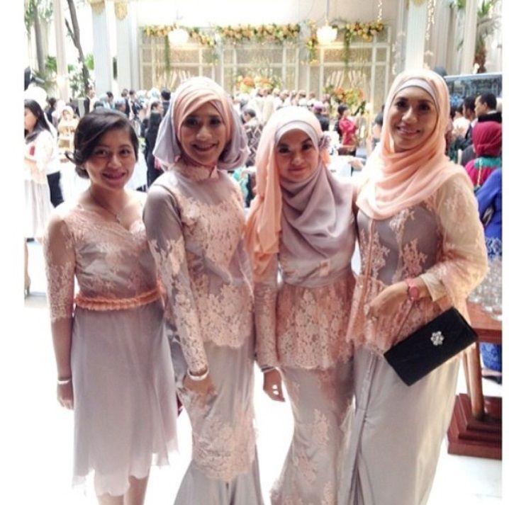 pinky kebaya dress for all