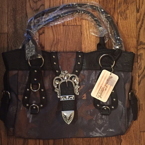 Original Cowgirl Clothing Co. Purse Really  Cute New Camouflage Tote Bag.. Original Cowgirl clothing Co Bags Shoulder Bags