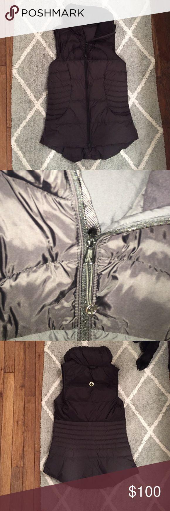 Lululemon vest size 6 EUC Lululemon vest size 6 EUC black lululemon athletica Jackets & Coats Vests
