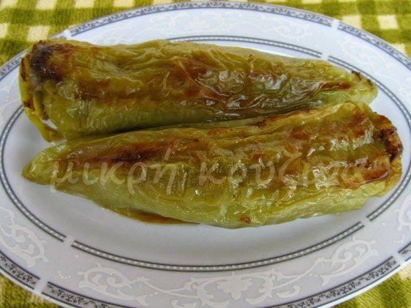 μικρή κουζίνα: Πιπεριές κέρατα γεμιστές με κιμά και μανιτάρια