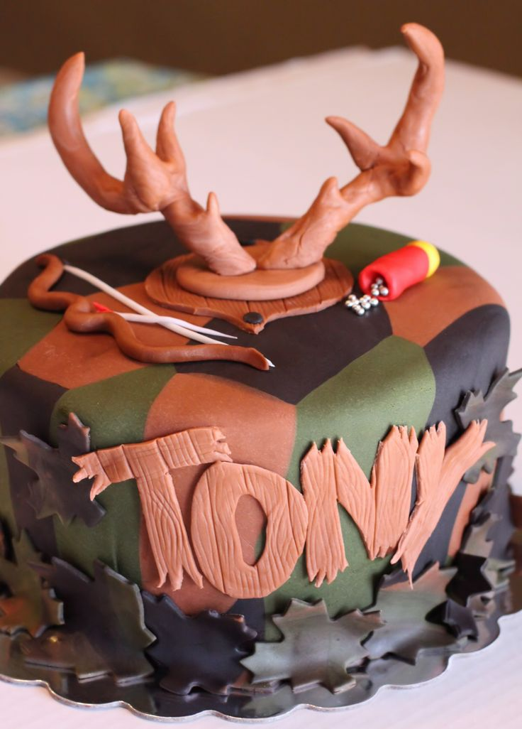 Buck Hunter Cake - Hunting Themed cake