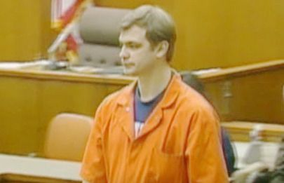 Some lesser known Jeffrey Dahmer facts: • Jeff had air fresheners throughout his apartment when tenants in the Oxford Apartments complained about the smell (of the bodies), he blamed it on his freezer...