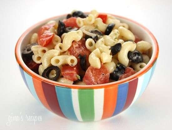 Low fat macaroni salad with tomatoes | food | Pinterest