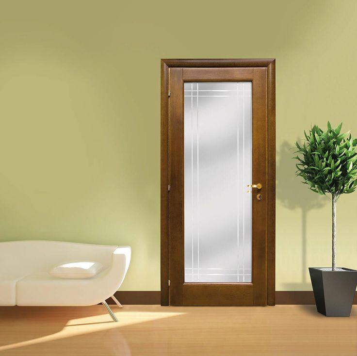 Porta in legno massello Pau Marfin, una bugna con vetro intero.  Altre decorazioni vetro disponibili.  porte Piacenza Lodi