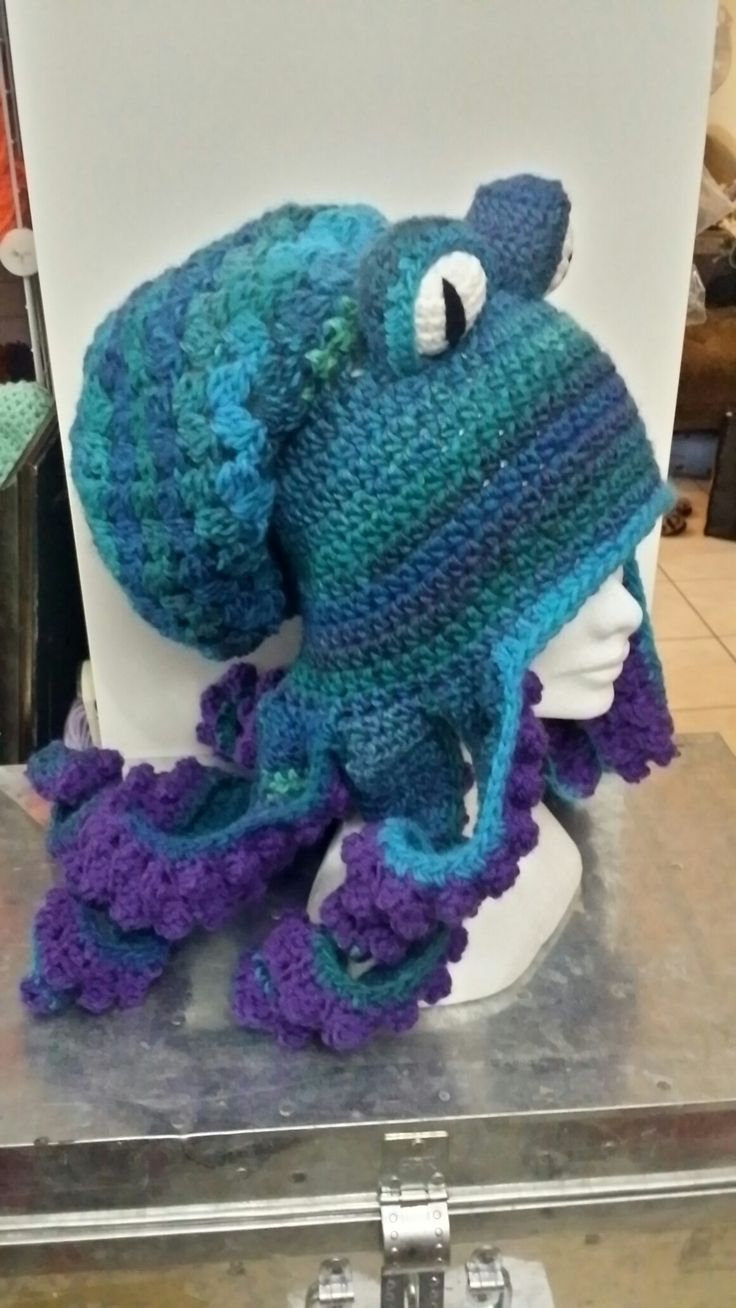 Crochet octopus hat. Pattern is sold in my etsy shop TheTwistedHatter