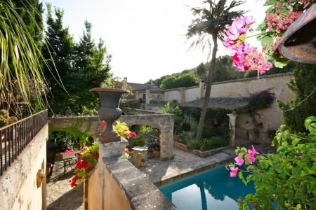 Superb completely restored country house dating from the 14th Century in Randa - Click to see more pictures of this awesome property in #Mallorca #IslasBaleares #Spain