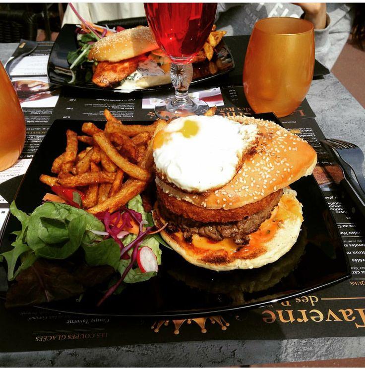 Le burget du restaurant La Taverne Des Rois, situé à Cergy ! #food #burger #paris #cergy crédit photo: @maevagabb