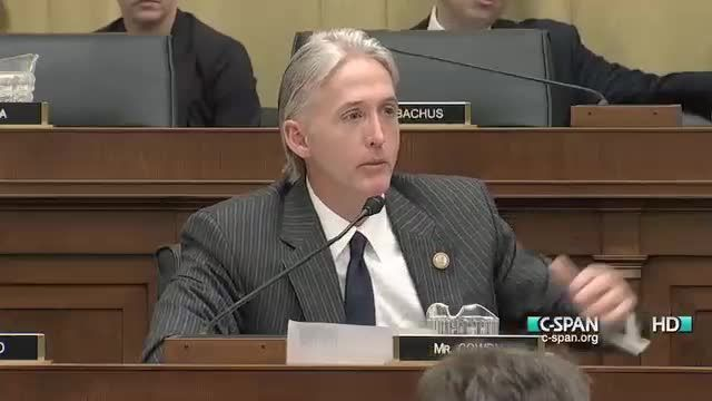 Trey Gowdy Grills Eric Holder On Abusing the Attorney General's 'Discretion' on Law Enforcement. Now this was a heated exchange!