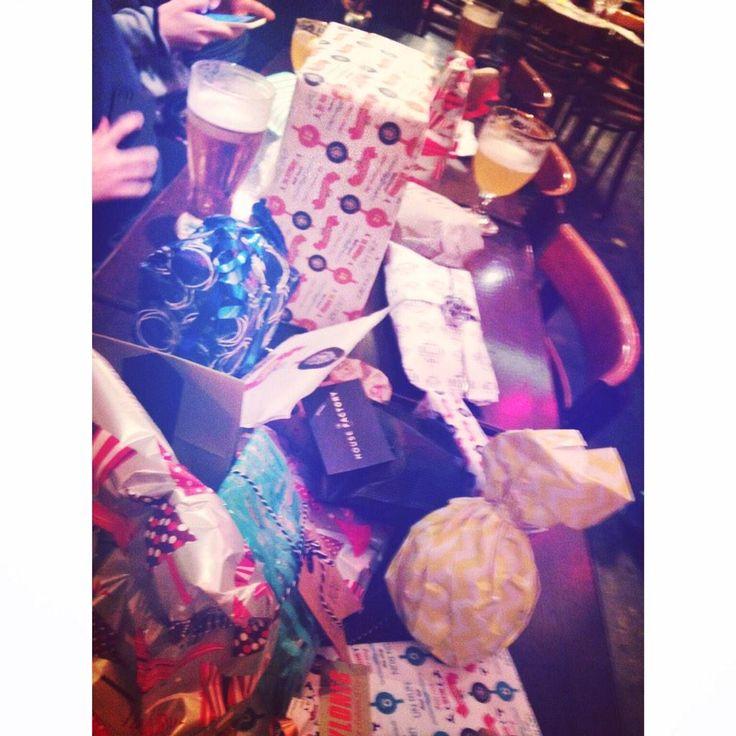 C'est Noël à la #boostbatignolles des cadeaux et des cadeaux