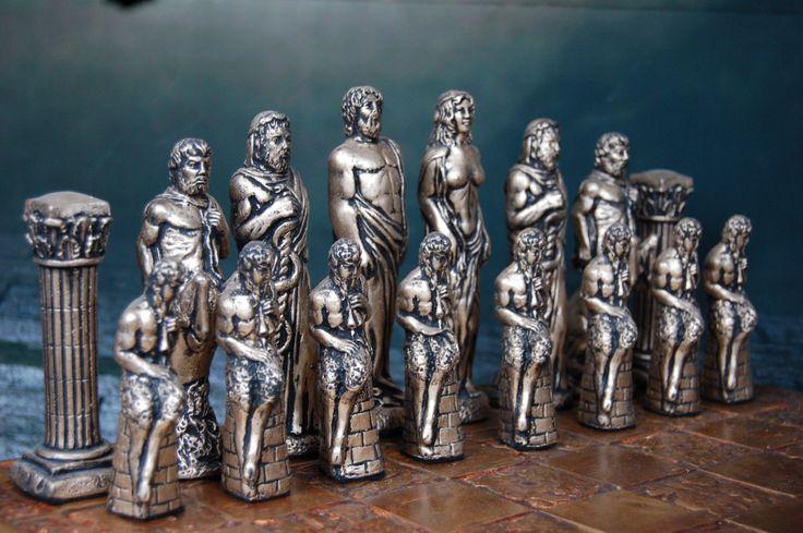 Large Greek Mythology Chess Set Customisable от WinkingBlindBats