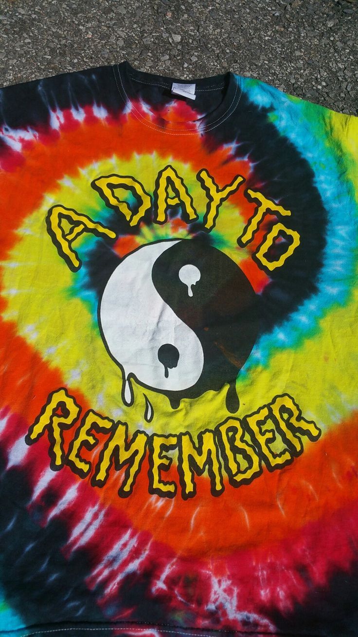 A Day To Remember tye Die Vintage Tee Size: Large Condition: Excellent Please note item is not returnable