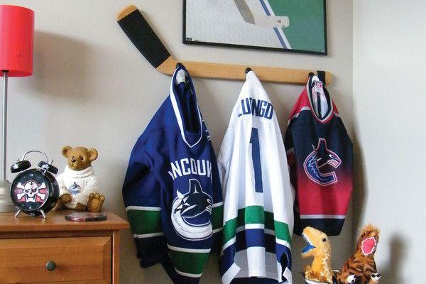 Hockey Theme bedroom, boys decor, hang jerseys