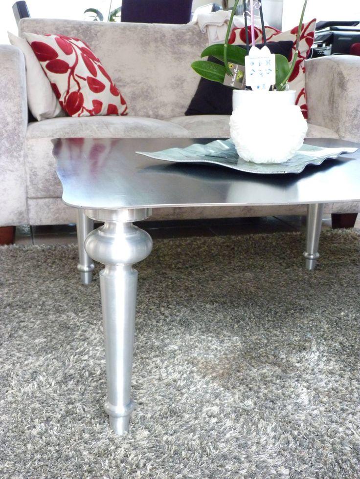 table acier  https://www.facebook.com/L.Decor.56