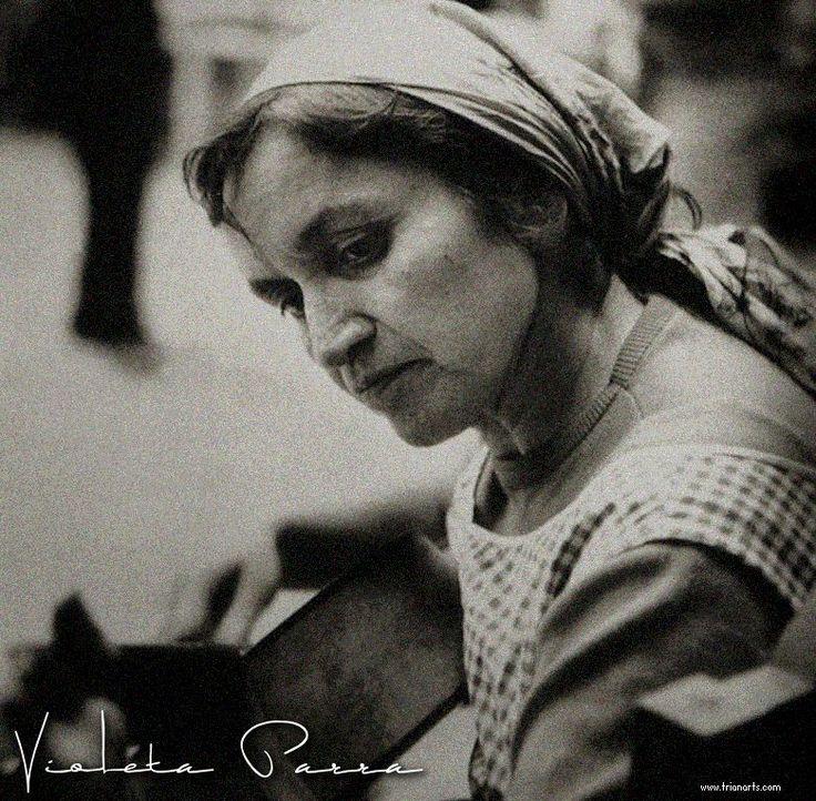 """Violeta Parra murió un día como hoy, Eduardo Galeano le dedica uno de los capítulos de sus """"Hijos de…"""