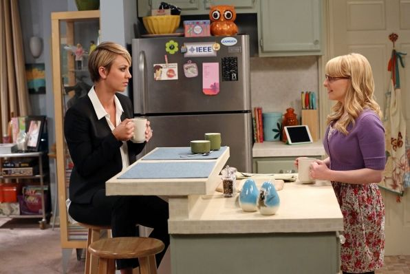 """""""The Locomotion Interruption"""" Penny (Kaley Cuoco-Sweeting, left) interviews for a job at Bernadette's (Melissa Rauch, right) company, on THE BIG BANG THEORY"""