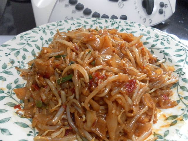 Thermomix MY Recipe: Char Kuey Teow (炒粿條/Penang Fried Flat Noodles)