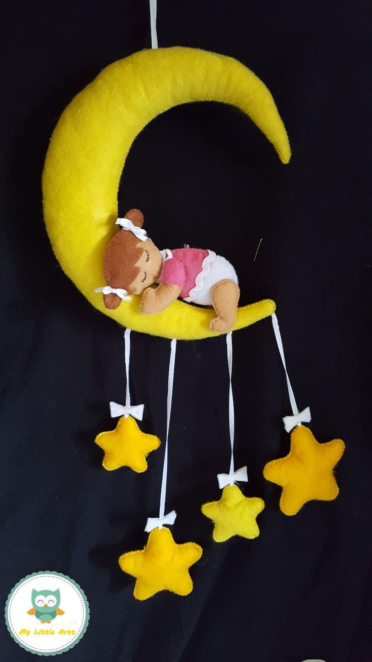 ozdoba do pokoju dziecięcego - księżyc