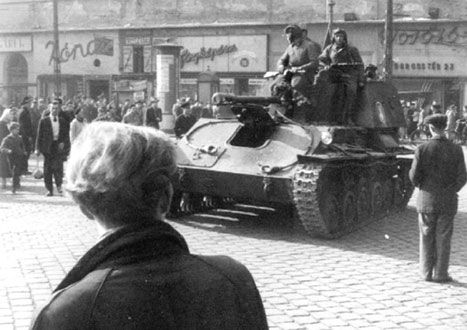 1956 Hungarian Uprising | Revolution of 1956 Hungary
