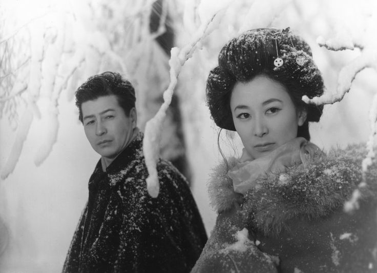 Yukiguni (1957). In this sadly now obscure Japanese film based on the novel Snow Country by Yasunari Kawabata, actress Keiko Kishi looks ravishing in this snow-flecked winter coat with fur collar.