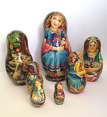 Nutcracker Unique Russian Hand Carved Hand Painted Nesting DOLL Set