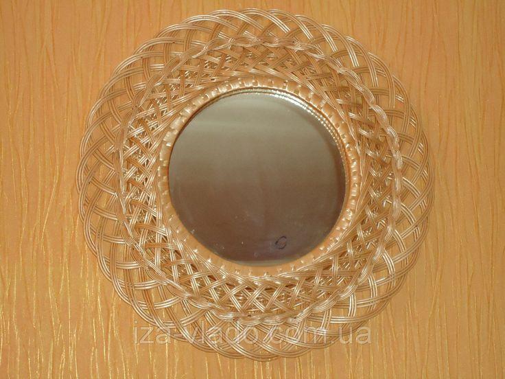 """Зеркало в раме из плетеной лозы №2: 450 грн.,  настенные зеркала от """"Vlado """"изделия из лозы"""". Плетеная мебель из Изы - комплекты мебели, кресла, детские кроватки, комоды"""" - 77143427 плетені меблі, плетені крісла,  корзини для білизни, стільці, дивани плетені ліжка, качалки, канапки, крісла-гойдалки, вироби з лози іза"""