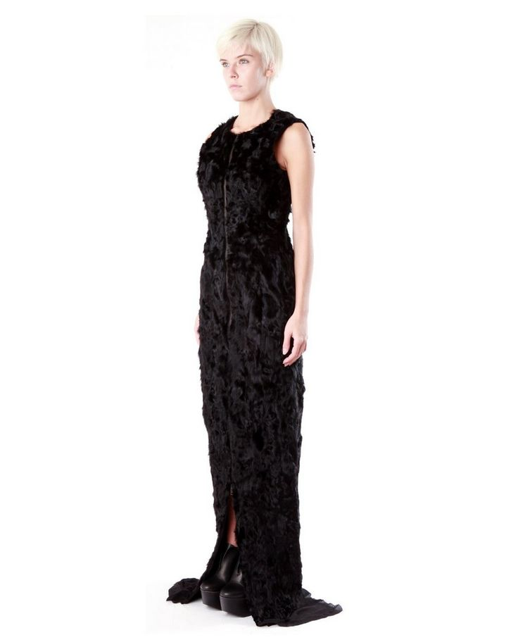 PEACHOO+KREJBERG -30% Black long dress crew-neck sleeveless with silk inserts front zipper closure 100% Lamb fur