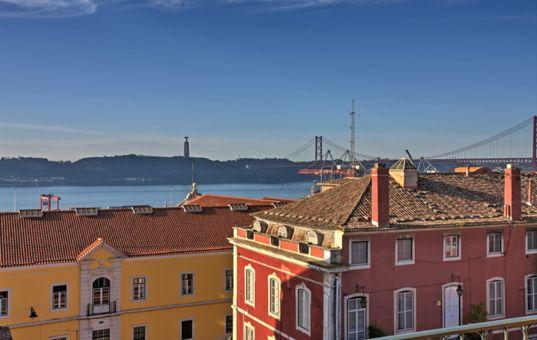 #PORTUGAL #LISBOA #APARTMENT  - Apartment Santos - dishwasher - microwave - TV - 6 persons, 3 bedrooms