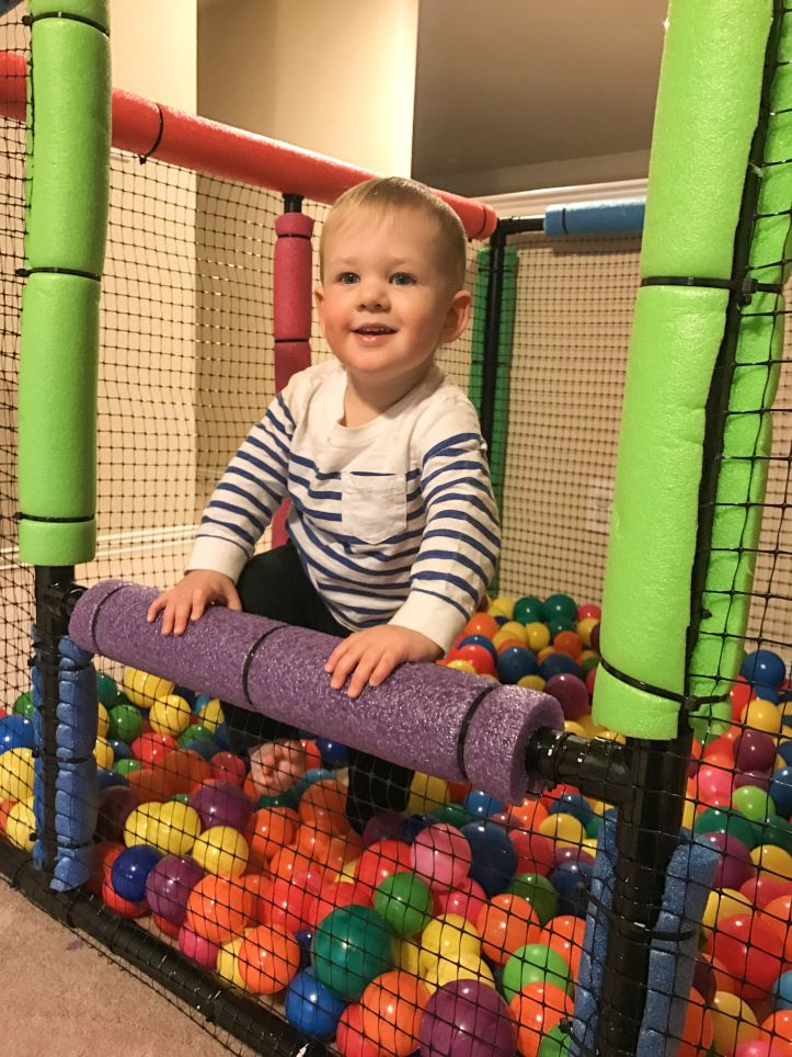 DIY PVC Ball Pit!  – everyday i'm russellin'