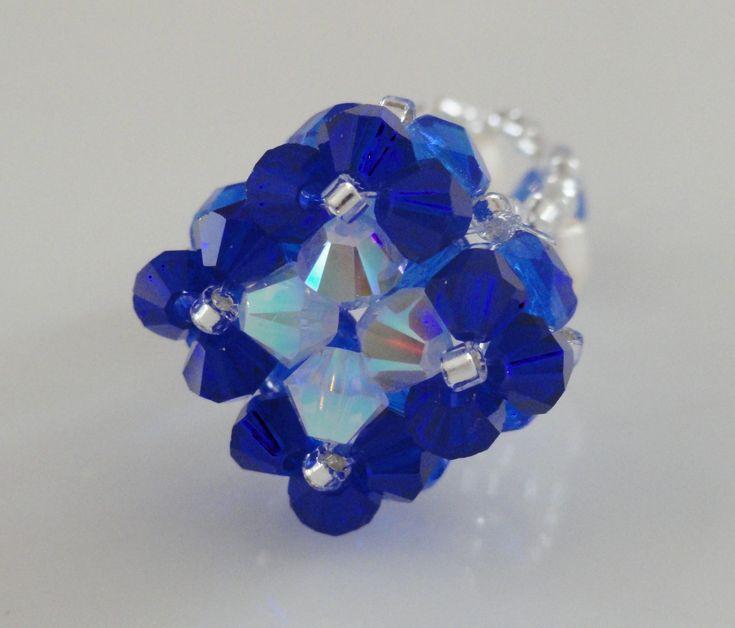 Bague losange bleu cobalt et blanc nacré en perles de Cristal Swarovski (petit…