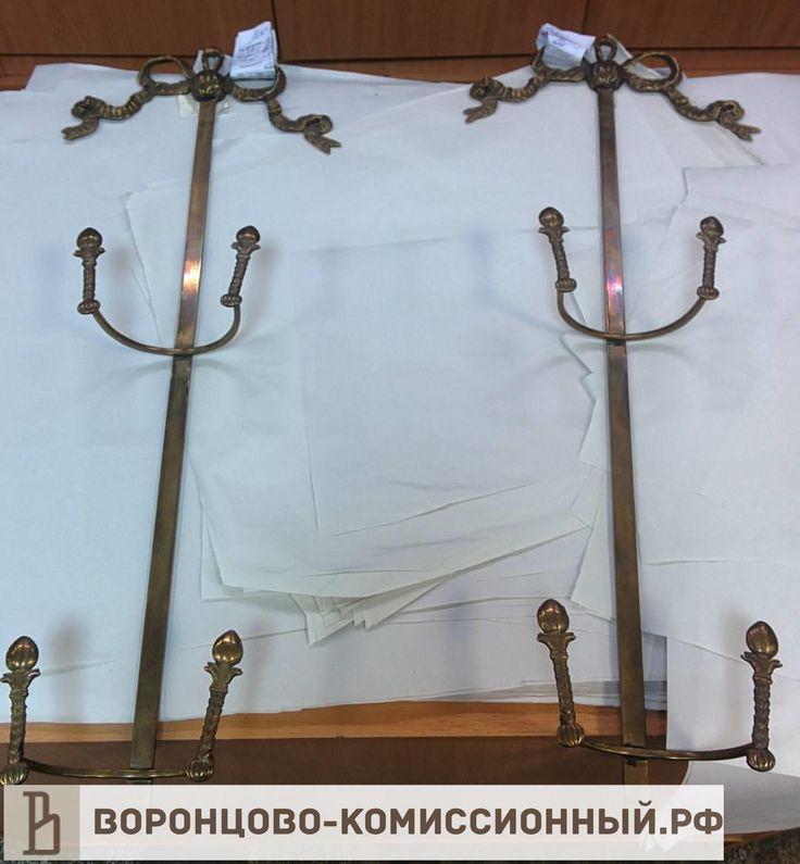 Подставки для тарелок бронзовые, 2х2000 рублей, #интерьер, #интерьердизайн, #комиссионка, #комиссионкавмоскве, #антиквариатмосква, #комиссионный, #коллекцианирование, #барахолка