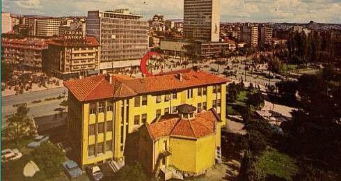 Kızılay binası Ne yazık ki yıkıldı.