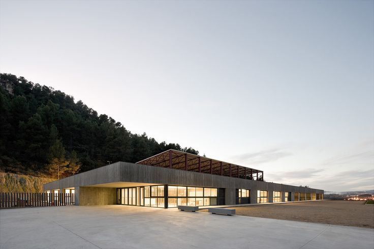 Gallery of Mare de Déu de Montserrat / Mestura Arquitectes - 1
