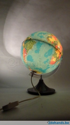 about *Stoere peuterkamer* Wereldkaart on Pinterest  Ceiling lamps ...